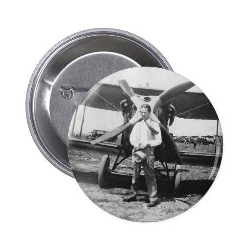 los años 20 sirven con el aeroplano pins