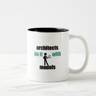 los arquitectos lo hacen con los modelos taza de dos tonos