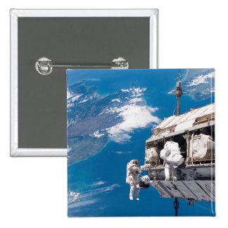 Los astronautas participan en el activi chapa cuadrada 5 cm