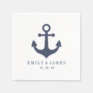 Los azules marinos anclan por el boda del mar servilletas de papel