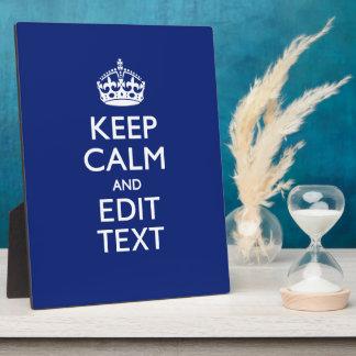 Los azules marinos guardan calma y tienen su texto placa expositora