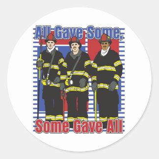 Los bomberos algunos dieron todos pegatina redonda