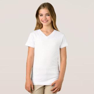 Los chicas multan la camiseta del cuello en v del