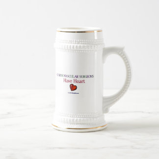 Los cirujanos cardiovasculares tienen corazón tazas de café