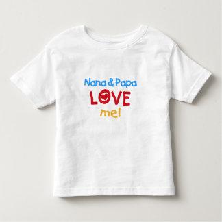 Los colores primarios Nana y la papá me aman Camiseta De Bebé
