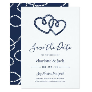 Los corazones anudados ahorran la tarjeta de fecha