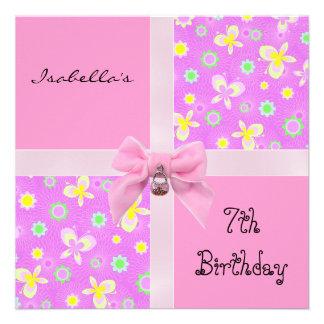 Los corazones rosados del 7mo cumpleaños de la inv