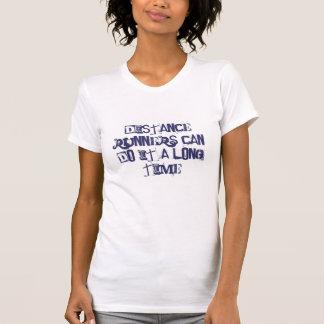 Los corredores de largas distancias pueden hacerlo camisetas