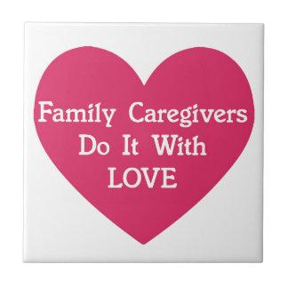 Los cuidadores de familia lo hacen con amor azulejo