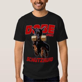 Los deportes Schutzhund de Dobe recuperan Camisas