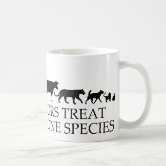 Los doctores reales (veterinarios) tratan más de taza