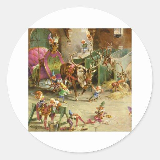 Los duendes de Santa alistan su trineo y reno Pegatinas Redondas