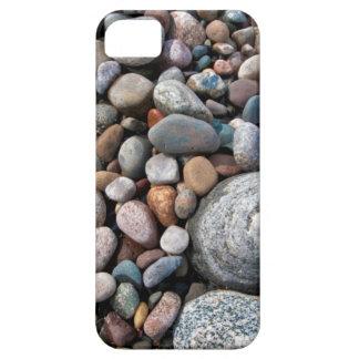 Los E.E.U.U., Michigan. Guijarros pulidos en la iPhone 5 Case-Mate Cárcasa