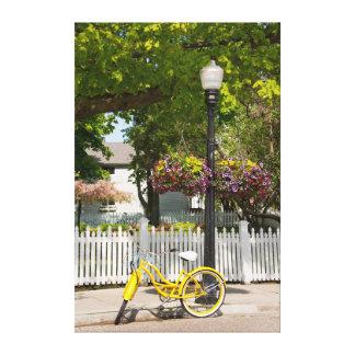 Los E.E.U.U., Michigan, isla de Mackinac. Bici Impresión En Lona Estirada