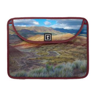 Los E.E.U.U., Oregon. Paisaje de las colinas Funda Macbook Pro