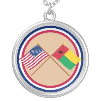 Los E E U U y banderas cruzadas Guinea-Bissau Collares Personalizados