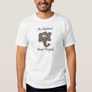 Los elefantes nunca olvidan camisas