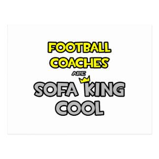 Los entrenadores de fútbol son rey Cool del sofá Postales
