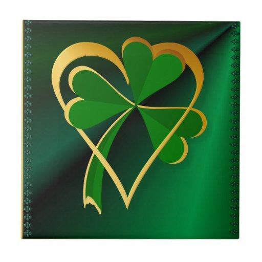 los ficheros de encargo de St Patrick del amor del Azulejos Cerámicos
