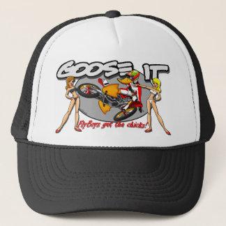 Los Flyboys consiguen a polluelos el gorra