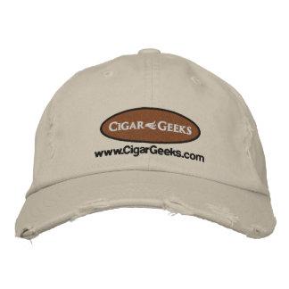 Los frikis del cigarro bordaron el casquillo apena gorra de beisbol