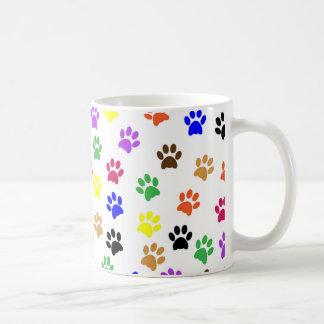Los gatos coloridos remontan - la taza del té del