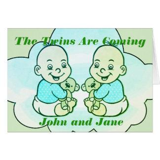 Tarjeta Los gemelos del muchacho y del chica son tarjeta