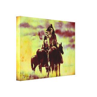 Los guerreros de Cheyenne del vintage envolvieron  Impresión En Lona Estirada