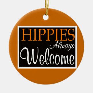 Los hippies acogen con satisfacción siempre - el ornamentos de navidad