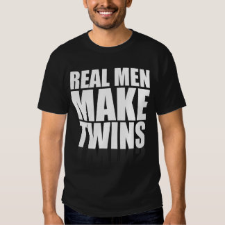 Los hombres reales hacen a gemelos camisas