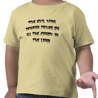 Los impuestos malvados de la demanda del rey sobre camiseta