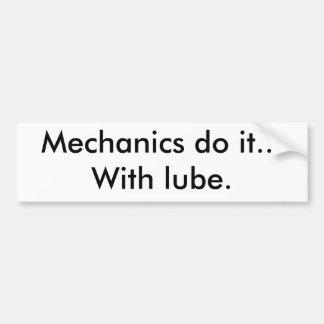 Los mecánicos lo hacen… con el lubricante pegatina para coche