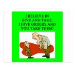 los militares bromean postales