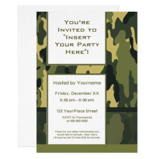 Los militares verdes enrrollados camuflan invitación 12,7 x 17,8 cm