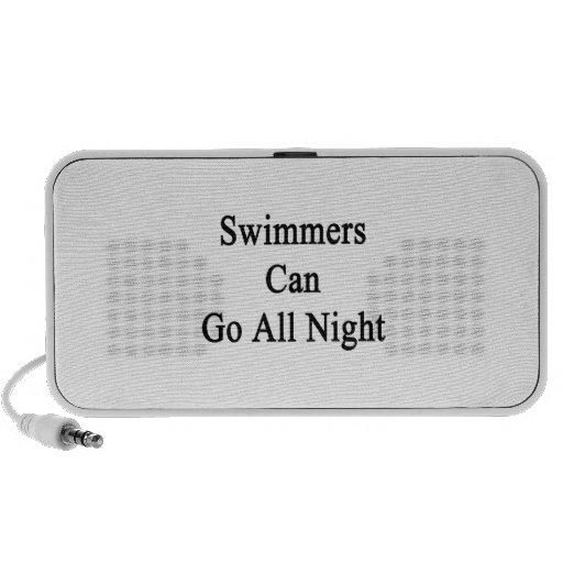 Los nadadores pueden ir toda la noche altavoz de viaje