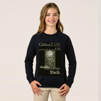 Los niños de dios embroman la camiseta de