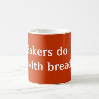 Los panaderos lo hacen taza básica blanca