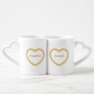 Los pares personalizaron la taza de café con el