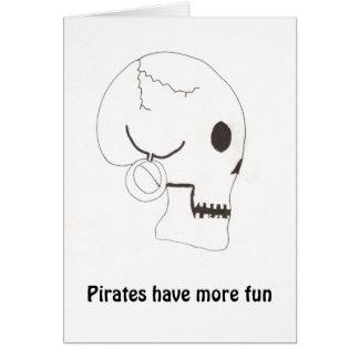 Los piratas se divierten más tarjeta de felicitación