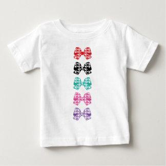 Los puntos blancos de los Colorido-Arcos se Camiseta De Bebé