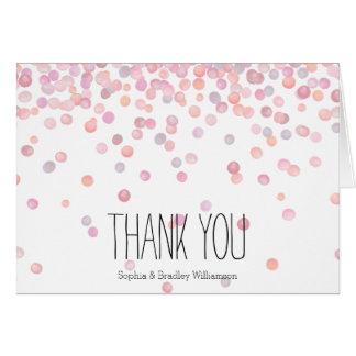 Los puntos rosados dulces del confeti de la tarjeta pequeña