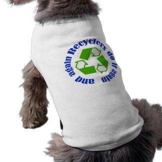 Los recicladores lo hacen camiseta sin mangas para perro
