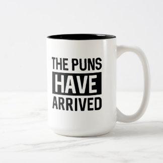 Los retruécanos han llegado taza de café de dos colores