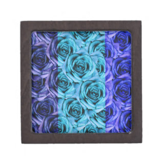 Los rosas azules diseñan la pequeña caja del