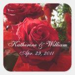 Los rosas rojos ahorran al pegatina de la fecha
