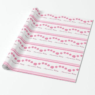 Los rosas rosados y las rayas que casan el papel papel de regalo