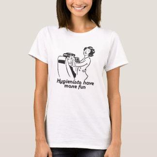 Los tanques y camisetas del higienista dental