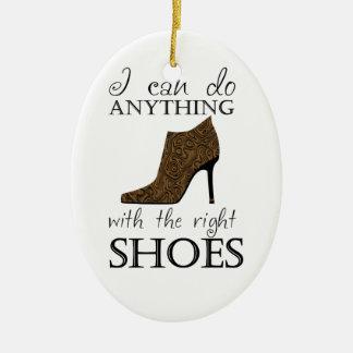 Los zapatos de la derecha ornamento de navidad