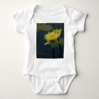 Lotus amarillo Waterlily Body Para Bebé
