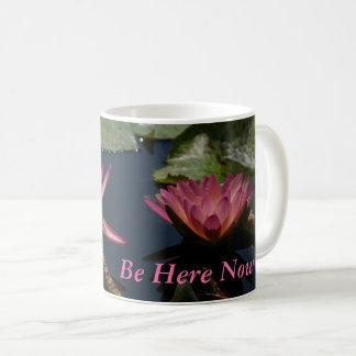 Lotus blanco Waterlilies Taza De Café